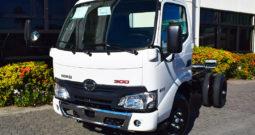 Hino Serie 300 WU600L | 110 hp