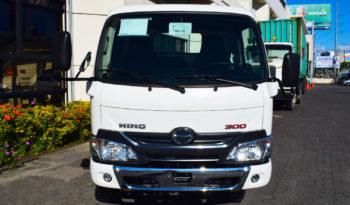 Hino Serie 300 WU600L | 10 pies lleno