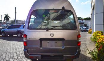Minibus Golden Dragon | 14 pasajeros lleno